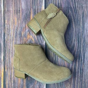 NEW - NO BOX TOMS Girls Leila Toffee Ankle Bootie